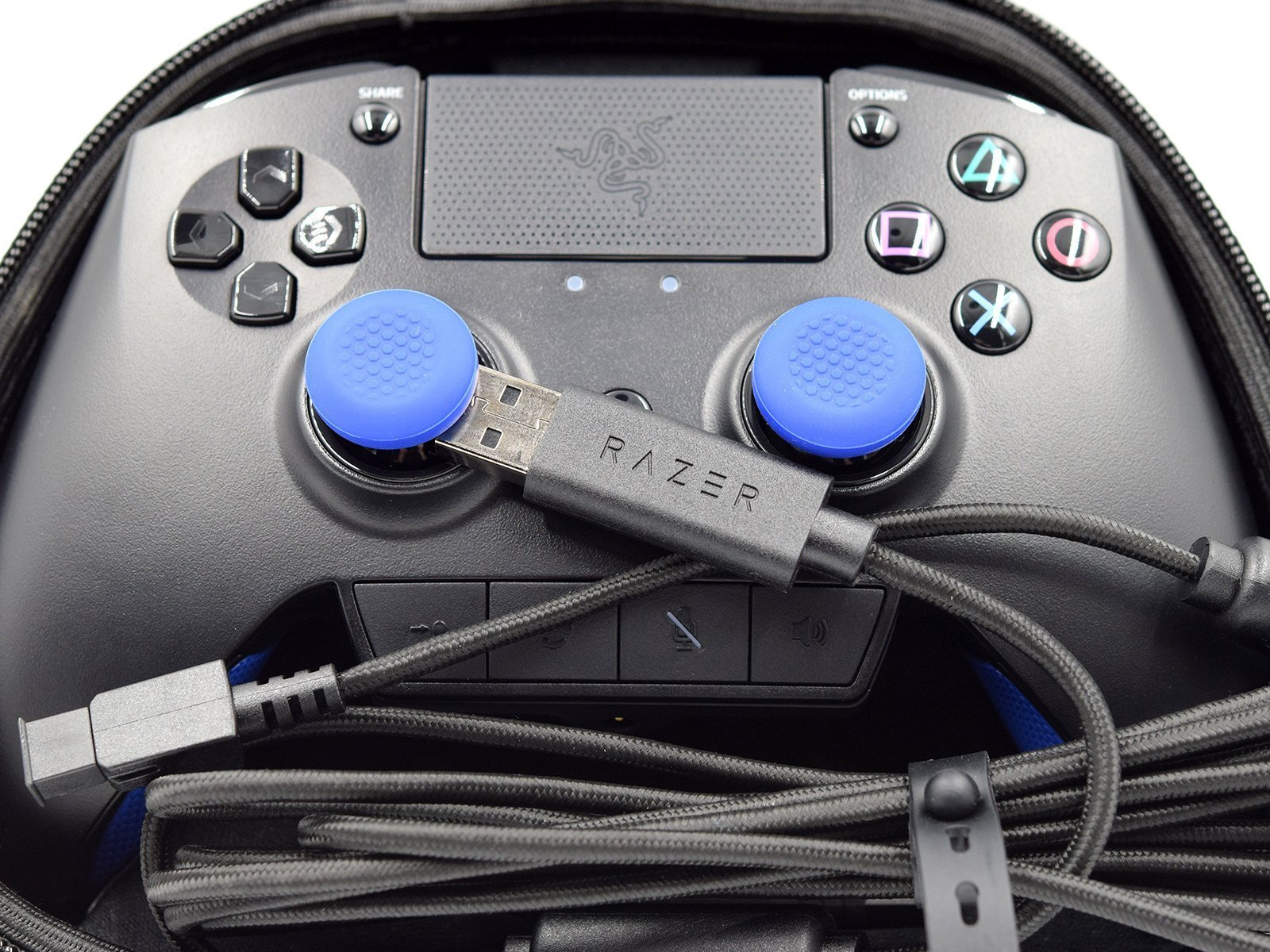 Razer Raiju PS4 Controller Test