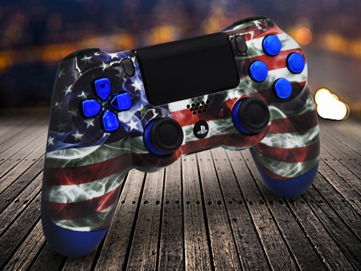 Custom PS4 American Flag Controller With Blue Accents
